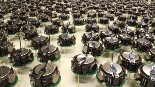diese-kilobots-wissen-wie-sie-buchstaben-oder-muster-zu-bilden-haben