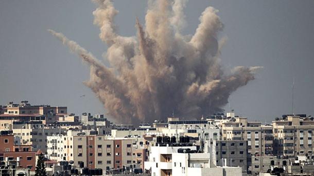 explosion-nach-israelischem-luftangriff-in-gaza-stadt