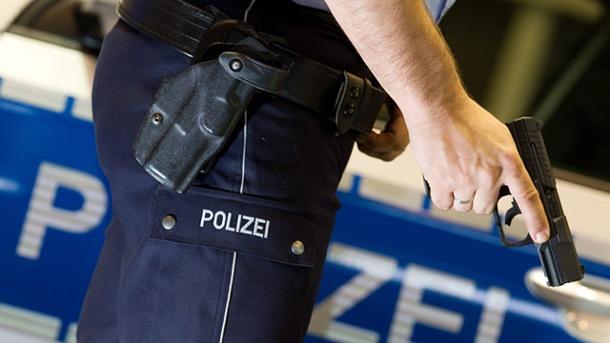 Kopfschuß durch-polizisten-in-brandenburg-ausgeloest-
