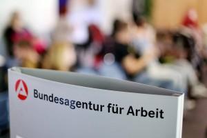 Arbeitsmarktzahlen-werden-vorgestellt