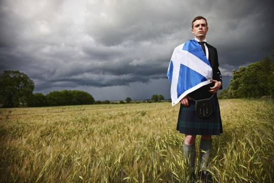 scotsman-in-cornfield-with-kilt-an