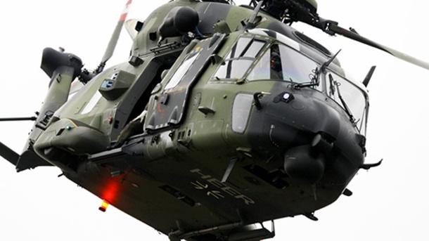 ein-helikopter-des-typs-mh90-im-einsatz-