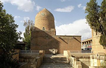 wikipedia-mausoleum-von-esther-und-mordechai