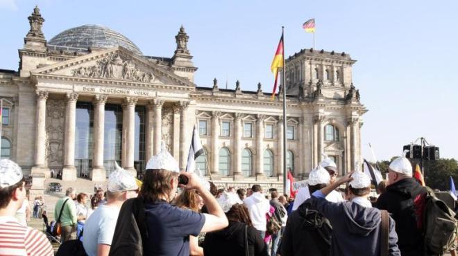 Reichsdeutsche-am-Tag-der-Deutschen-Einheit-6-