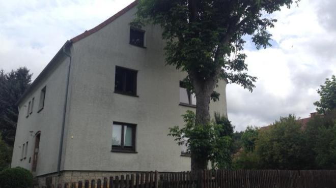 Bettina-Halbey-51-und-das-Haus-in-dem-si-2-