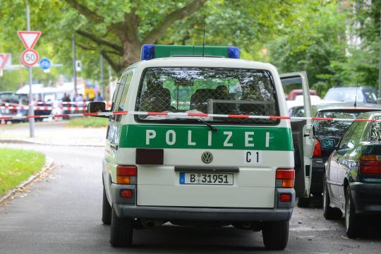 Polizei-erschiesst-Mann-nach-Messerattacke-2-