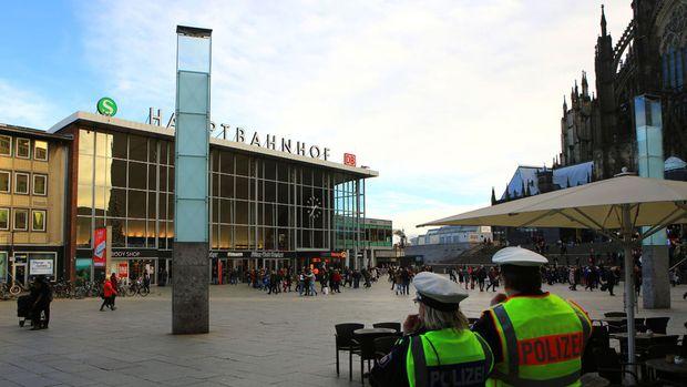 koeln-hauptbahnhof-2