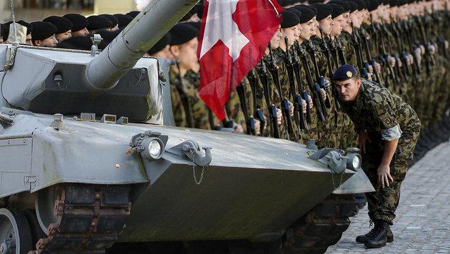 Schweiz_will_Panzer_an_Grenze_zu_Italien_auffahren-Wegen_Brenner_-Story-505411_630x356px_ea1b20f125d45726ff5fd3d8f2b5dde0__schweiz_3-s1260_jpg