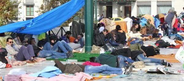 Syrische-Kriegsfluechtlinge-in-Athen-©-GEOLITICO-600x264