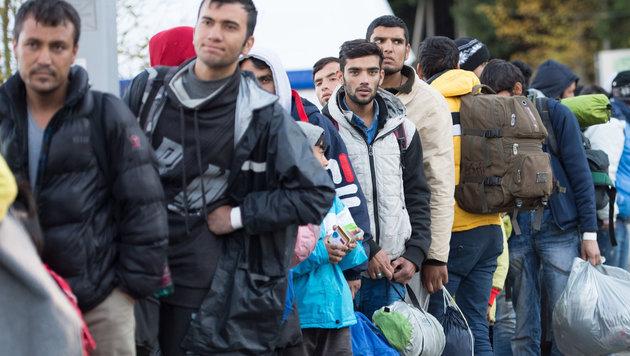 deutsche-grenzen-fuer-fluechtlinge-dicht-machen-cdu-politiker-story-536607_630x356px_6e8654c9aa0486937ac24d9f5ce563bc__grenze-s_1260_jpg