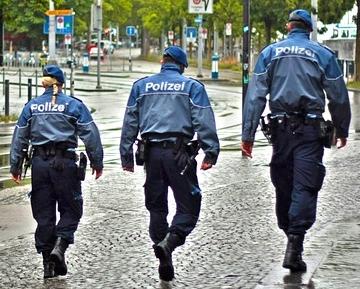 Sind Polizisten Treu